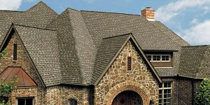 A Beautiful Composition Shingle Replaces a Shake Roof